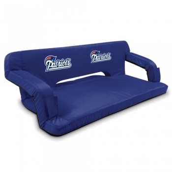 New England Patriots Reflex Travel Couch