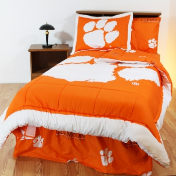 Clemson Tigers Bed-in-a-Bag with Reversible Comforter Queen